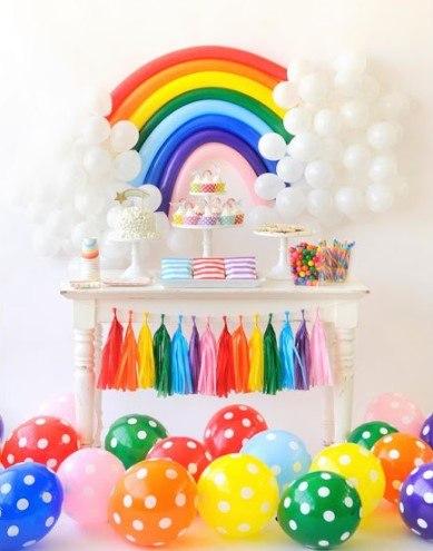decoración fiesta arcoíris